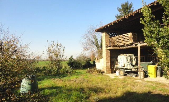 rustico-destinazione residenziale -giardino - campagna romano di lombardia