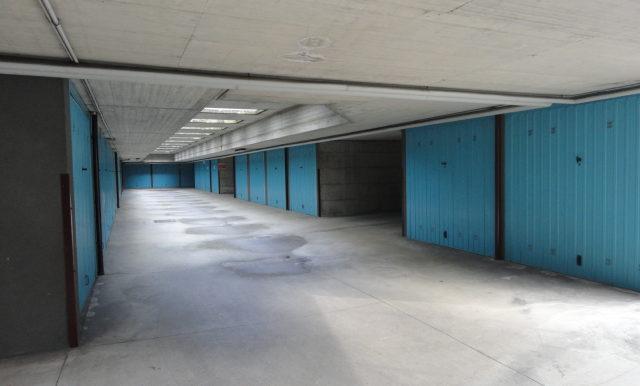autorimessa box magazzino adiacente borgo palazzo