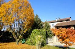 casa indipendente tre piani giardino campagna camisano
