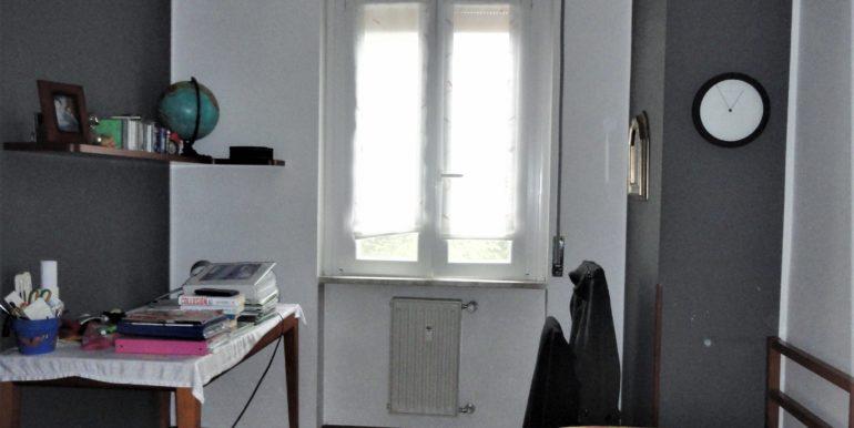 vendita appartamento trilocale balcone box bergamo