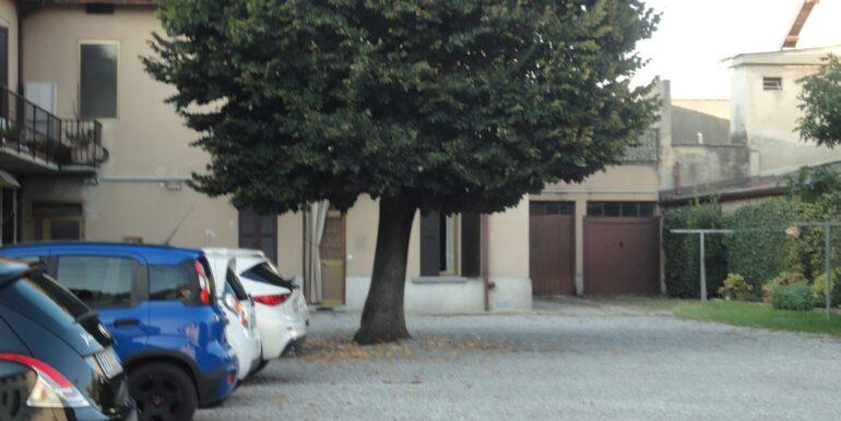 appartamento bilocale arredato posto auto bergamo