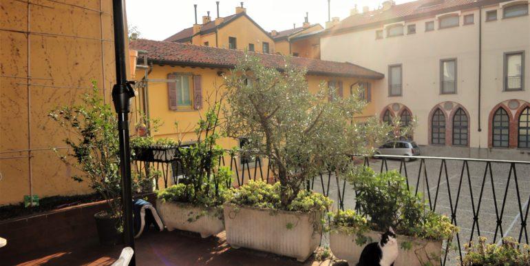 affittasi appartamento con ampio terrazzo bergamo centro