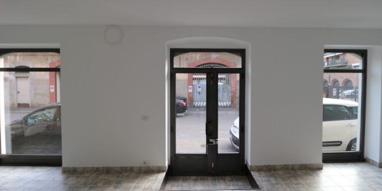 affitto negozio ristrutturato termoautonomo bergamo