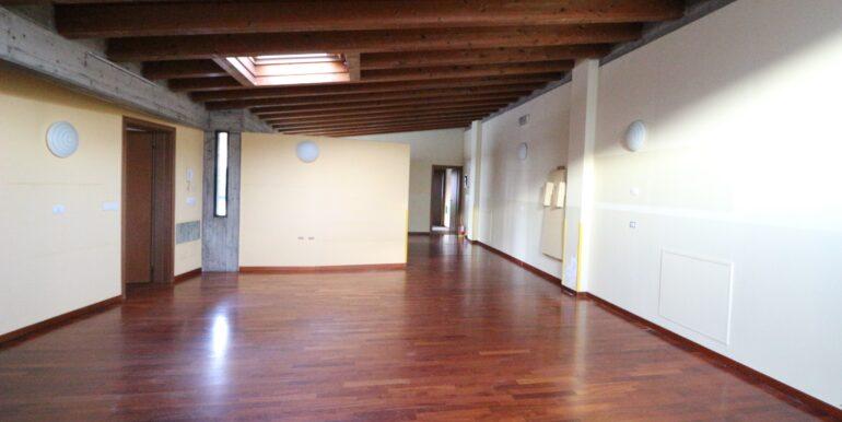 scuola - laboratorio indipendente tipologia villa singola Bergamo